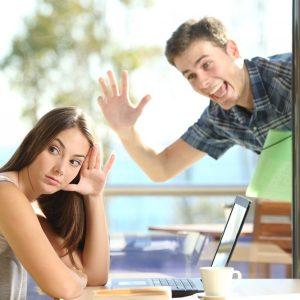 外国人と話す時の距離感を手っ取り早くゲットする方法